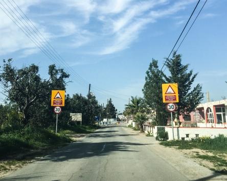 A poucos metros do checkpoint